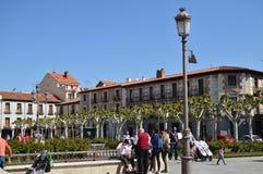 Fotografia do quadrado de Cervantes, lugar de nascimento de Miguel De Cervantes, onde nós podemos se dilatar de suas construções  foto de stock