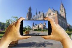 Fotografia do telefone do por do sol do moinho de vento imagem de stock royalty free