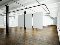 Fotografia loft wnętrze w nowożytnym budynku Otwartej przestrzeni studio Pusty biały brezentowy obwieszenie Drewniana podłoga, ce Obraz Royalty Free
