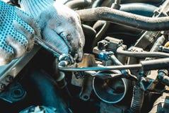 Fotografia naprawa silnik obrazy stock