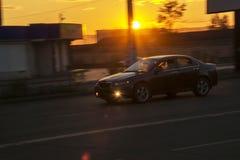 Fotografia od poruszającego samochodu przy wolnymi żaluzj prędkościami zamazujący tło Obrazy Stock