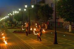 Fotografia pożarniczy występ na miasto ulicie zdjęcia royalty free