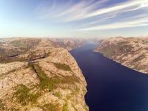 Fotografia Preikestolen, ambony skała przy Lysefjord w Norwegia widok z lotu ptaka Obraz Stock