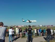 Fotografia samolot na obserwacji wzgórzu fotografia stock