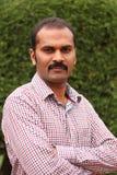 Fotografia ufny, opanowany, spokojny azjata/indyjski mężczyzna fotografia stock