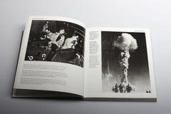 Fotografiboken av Nick Yapp, bombarderar i Nevada 1952 och 1953 Arkivfoton