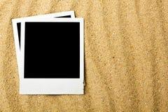 Fotografie in bianco sulla spiaggia Immagine Stock
