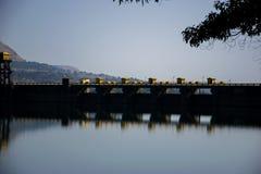 Fotografie der Wand einer Verdammung in Indien lizenzfreies stockbild