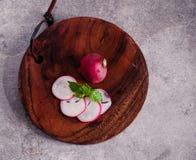 Fotografie des biologischen Lebensmittels - Tomaten, Minze und rote rote Rübe Lizenzfreie Stockfotografie