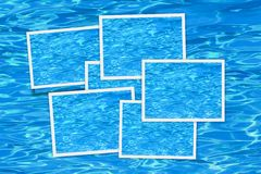 Fotografie istantanee blu della priorità bassa dell'acqua Fotografia Stock