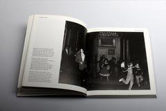 Fotografieboek door Nick Yapp, Blenheim-Halve maan, Notting-Heuvel, Londen, 1958 Royalty-vrije Stock Foto's