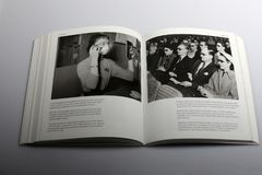 Fotografieboek door Nick Yapp, 3D bioskoop in Berlijn 1951 Royalty-vrije Stock Fotografie