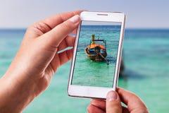 Fotografieren eines longtail Bootes Lizenzfreie Stockfotografie