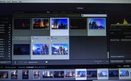 Fotografii edytorstwo na laptopie Fotografa komputer z fachowym oprogramowaniem Wizerunek poczty przerób fotografia royalty free