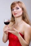 Fotografisch portret van een mooie jonge vrouw stock afbeeldingen