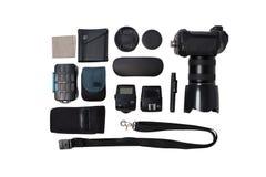 Fotografkameraausrüstung auf weißem Hintergrund Stockbilder