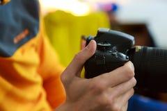 Fotografo e macchina fotografica Fotografie Stock Libere da Diritti