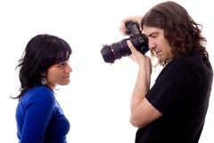 Fotografo e modello Fotografie Stock Libere da Diritti