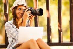 Fotografo femminile Fotografia Stock