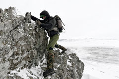 Fotografo professionista all'aperto nell'inverno Fotografie Stock