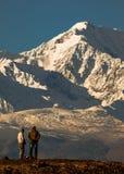 Fotografowie podziwiają piękno jesień w Altai górach Obraz Royalty Free