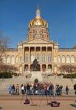 Fotografowie przy Iowa stanu Capitol budynkiem Zdjęcie Royalty Free