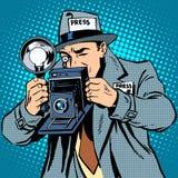 Fotografpaparazzi på kameran för arbetspressmassmedia Royaltyfri Bild
