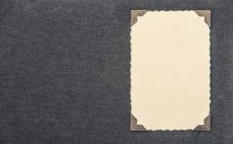 Fotokaart met hoek over albumpagina Royalty-vrije Stock Foto