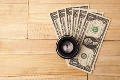 Fotolens met geld Royalty-vrije Stock Fotografie