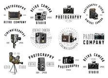 Fotologoemblemet eller etiketten, videoen, filmen, filmkamera från första för kassalådan tappning nu, den inristade handen som in Arkivbild