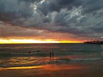 Fotos de la puesta del sol de la playa de Noarlunga del puerto Imagen de archivo