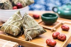 Fotos do close-up do zongzi e do jujuba em Dragon Boat Festival fotografia de stock