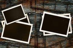 Fotos e película velhas na madeira rústica do celeiro Foto de Stock Royalty Free