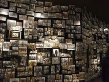 Fotos en la pared imagen de archivo