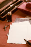 Fotos, tinta del vintage, pluma, papel secante y cámara retros Foto de archivo libre de regalías