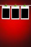 Fotos vazias no fundo vermelho Fotos de Stock