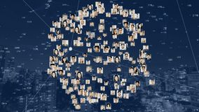 Fotos von den Leuten geformt in eine drehende Kugel