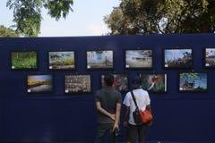 Fotoutställning fotografering för bildbyråer