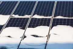 Fotovoltaico en invierno Fotos de archivo libres de regalías