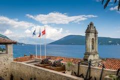Fotre-Stuten-Festungswände, adriatisches Seelandschaft Stockbild
