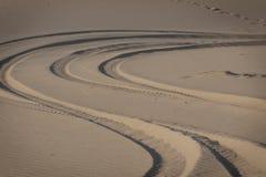 Fotspår i Sanden-2 arkivfoton