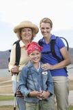 Fotvandra för moder, för dotter och för sondotter Arkivbild