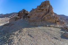 Fotvandra i den Negev öknen av Israel royaltyfria bilder