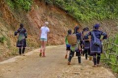 Fotvandra i Sa-PA, Vietnam Arkivfoton