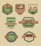 Fotvandra, lägeremblem - uppsättning av symboler och beståndsdelar vektor illustrationer
