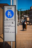 Fotvandra och cykla område i Vaduz Arkivfoto