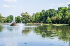 Fotvandra område i bagaren Park i Frederick, Maryland arkivbilder