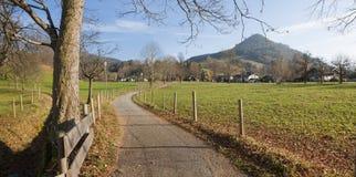 Fotvandra slingaschlierseeregion, bavarianlandskap Fotografering för Bildbyråer