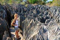 Fotvandra Tsingy royaltyfri bild