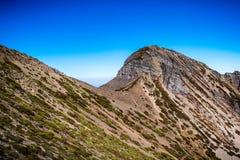 Fotvandrare på det Syue berget Fotografering för Bildbyråer